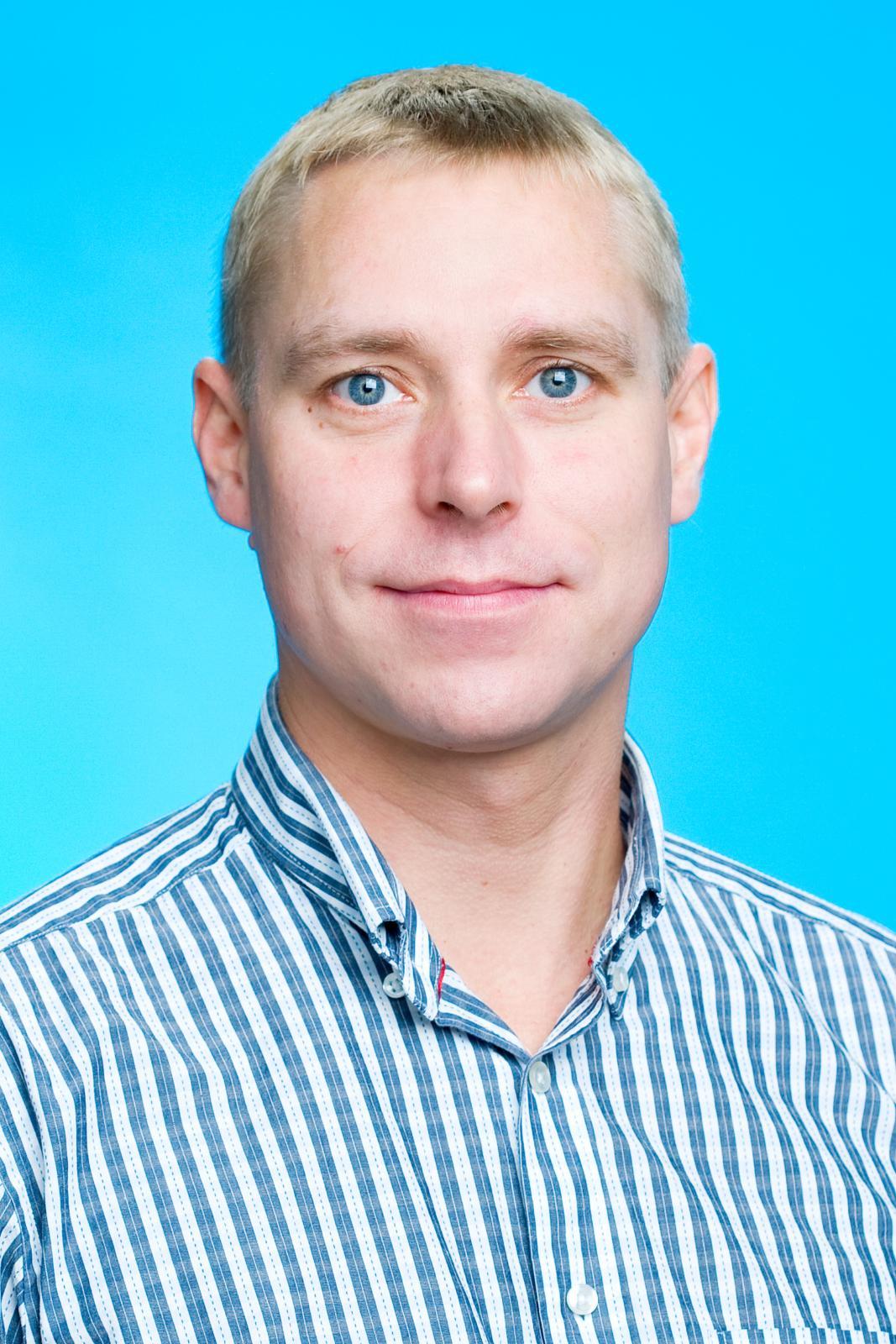 Taavi Perri